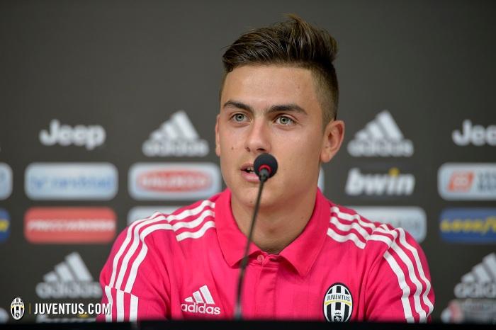 Juventus, conferenza stampa di presentazione per Paulo Dybala