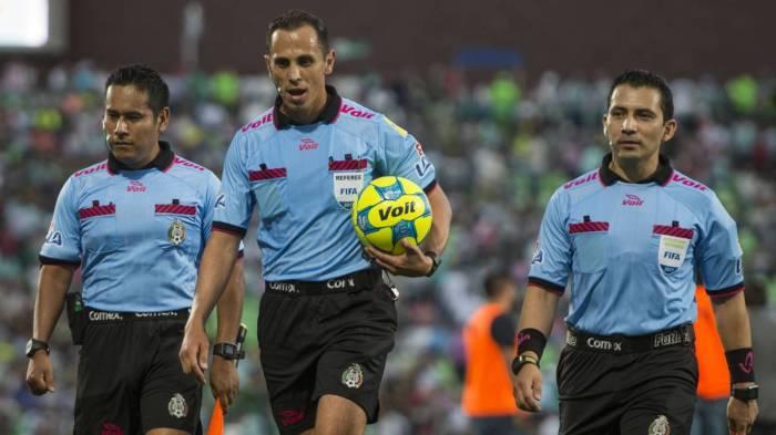 arbitro1