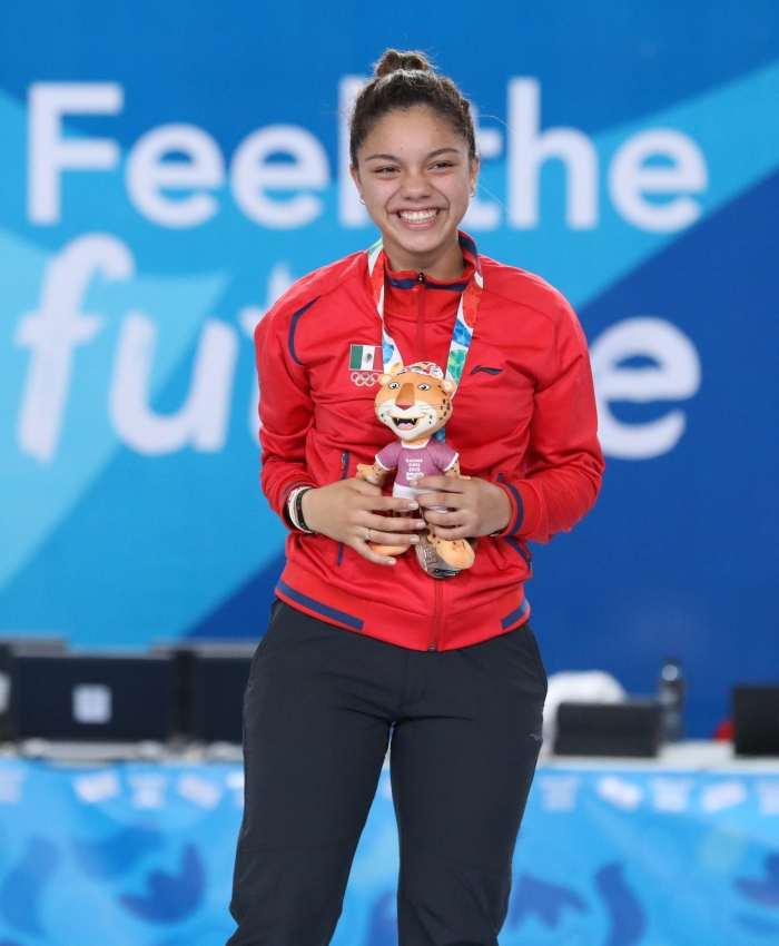 2018-10-09_Victory_ceremony_(Girls_sabre)_at_2018_Summer_Youth_Olympics_by_Sandro_Halank–015.jpg