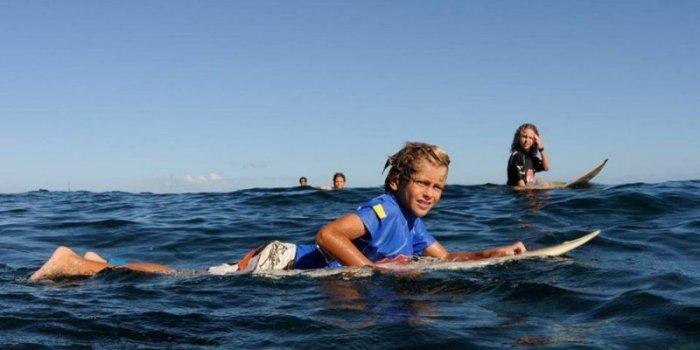 elio-canestri-a-ete-victime-d-une-attaque-de-requin_2657762_800x400.jpg