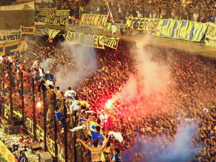 Boca_Juniors_vs._Pumas.jpg
